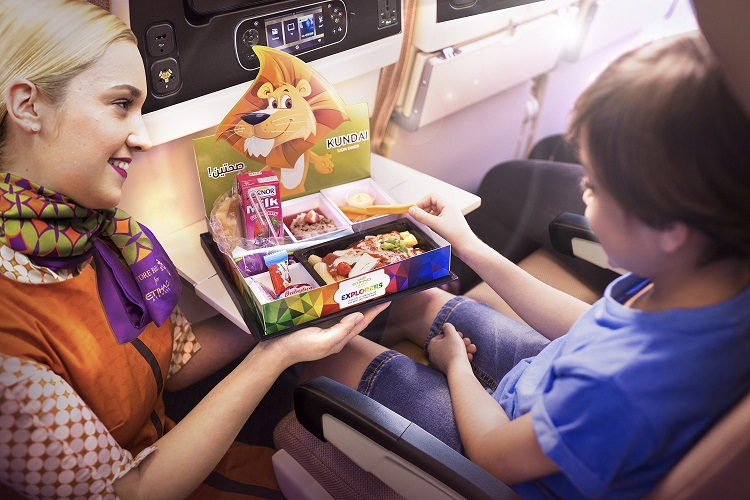 kids-pack-with-flying-nanny-1