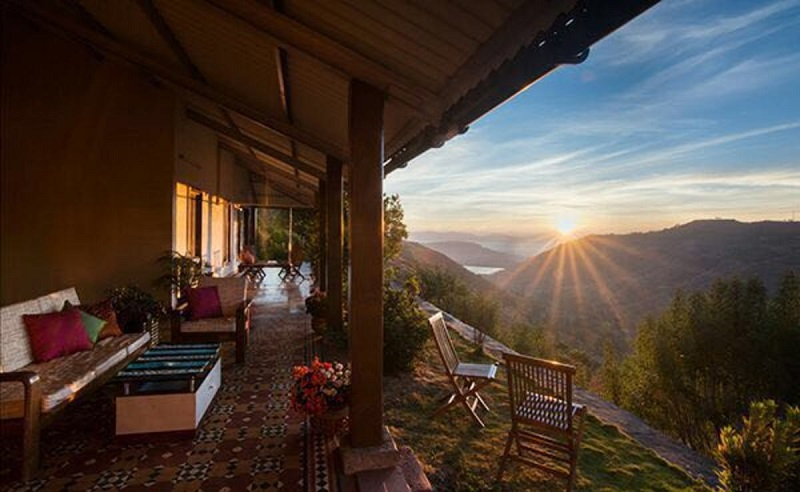 verandah-by-the-valley-beautiful-bungalow-overlooking-a-panchgani-valley
