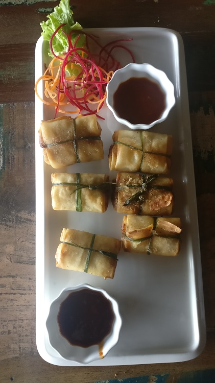 Burmese Parcel with Sweet Chilli Sauce